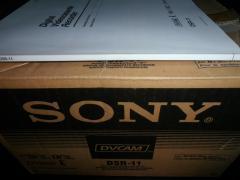 Sony DSR-11